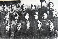 Медицинский персонал военного госпиталя12-46
